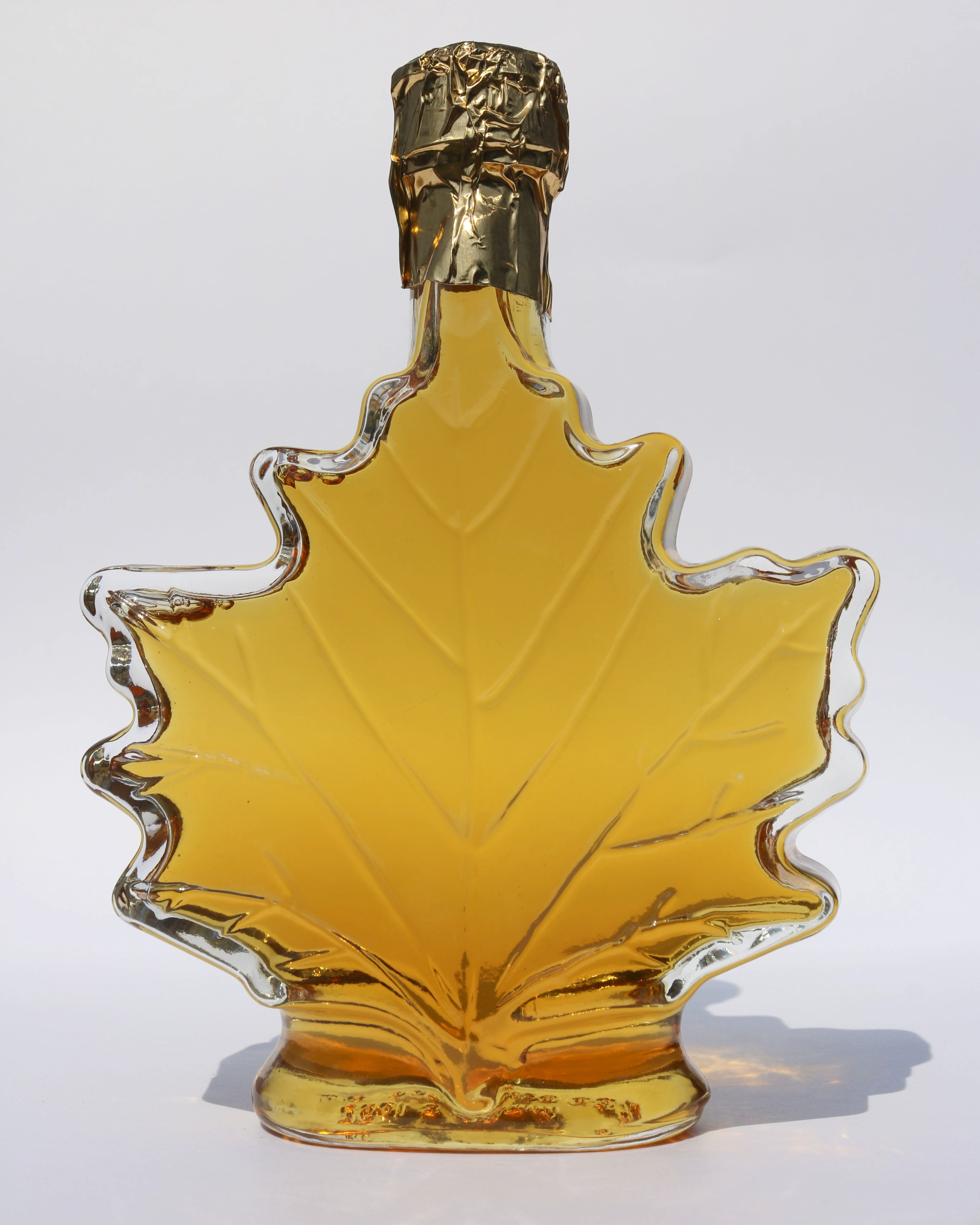 250ml glass maple leaf